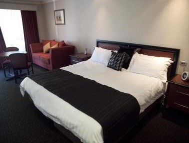 Best Western Plus All Settlers Motor Inn - Accommodation Gold Coast