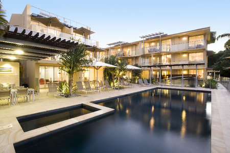 Maison Noosa Luxury Beachfront Resort - Accommodation Gold Coast
