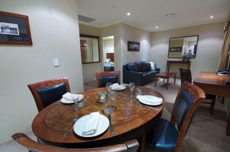 Quality Hotel Powerhouse - Accommodation Gold Coast