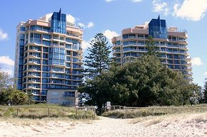 AA Oceana On Broadbeach - Accommodation Gold Coast