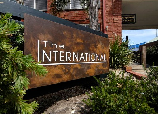 Comfort Inn The International - Accommodation Gold Coast