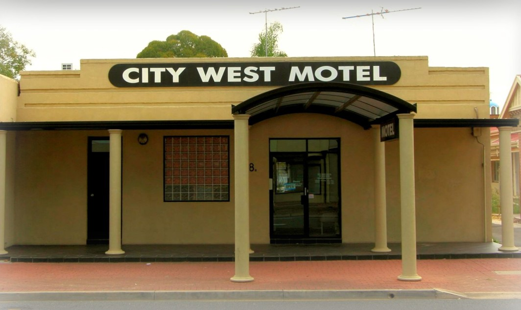 City West Motel - Accommodation Gold Coast