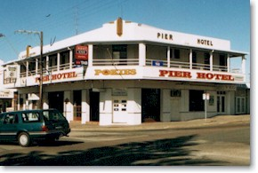 Pier Hotel - Accommodation Gold Coast