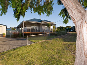 Serenity Holiday House - Accommodation Gold Coast