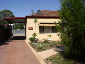 Loxton Smiffy's Bed And Breakfast Sadlier Street - Accommodation Gold Coast