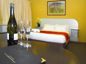 Victoria Hotel - Strathalbyn - Accommodation Gold Coast