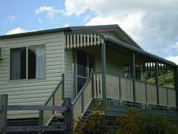 Halls Country Cottages - Accommodation Gold Coast