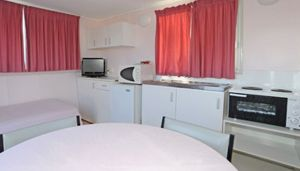 Aukaka Caravan Park - Accommodation Gold Coast
