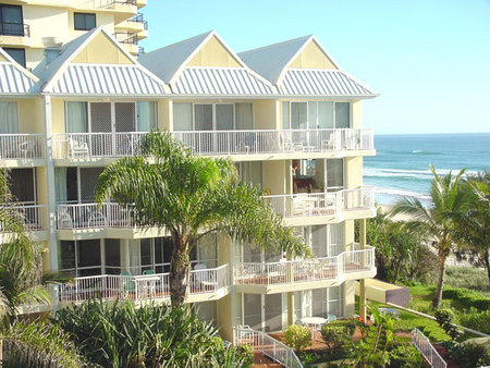 Crystal Beach Resort - Accommodation Gold Coast