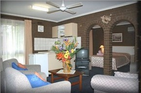 Paradise Holiday Apartments Villas - Accommodation Gold Coast