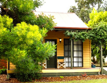 Mountain View Motor Inn and Holiday Lodges - Accommodation Gold Coast