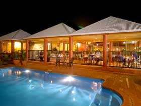 Reef Resort - Accommodation Gold Coast