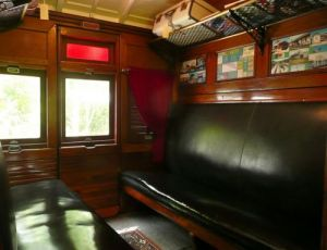 Mt Nebo Railway Carriage amp Chalet - Accommodation Gold Coast