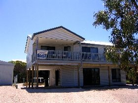 Acacia Beach House - Accommodation Gold Coast