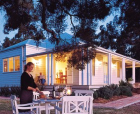 Lillians On Lovedale - Accommodation Gold Coast