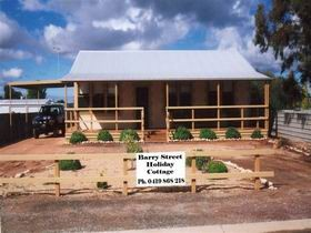 Cowell Barry Street Holiday Cottage - Accommodation Gold Coast