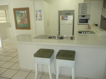 Sunset Cove Noosa - Accommodation Gold Coast