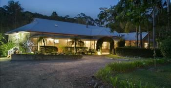 Noosa Valley Manor BampB Retreat - Accommodation Gold Coast