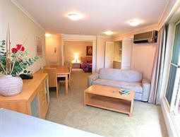 Waldorf Wahroonga Residential - Accommodation Gold Coast