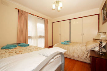 40 Thames Holiday Unit - Accommodation Gold Coast