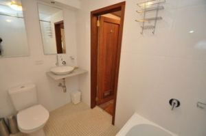 Camperdown 21 Brigs Furnished Apartment - Accommodation Gold Coast