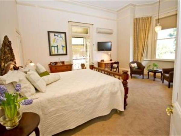 Brisbane Milton Bed and Breakfast - Accommodation Gold Coast