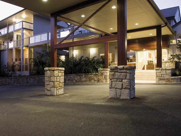 Mercure Clear Mountain Lodge Spa and Vineyard - Accommodation Gold Coast