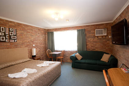 Allan Cunningham Motel and Old Wagon Restaurant - Accommodation Gold Coast