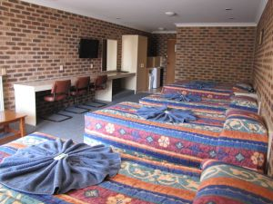 Big Trout Motor Inn - Accommodation Gold Coast