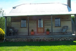 Brickendon Historic  Farm Cottages - Accommodation Gold Coast