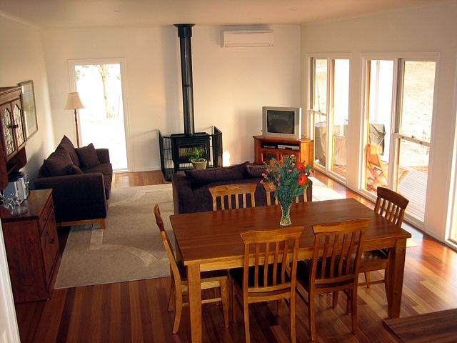 Strath Valley View B and B - Accommodation Gold Coast