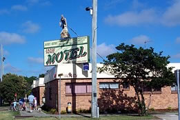 Jackie Howe Motel - Accommodation Gold Coast
