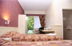 Titania Motel - Accommodation Gold Coast