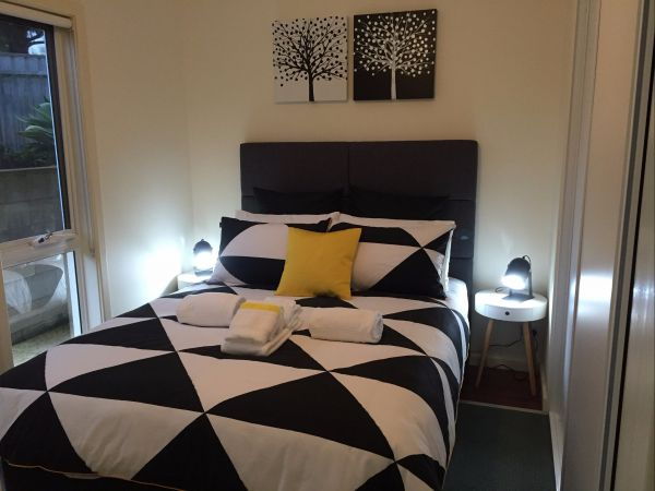 Lyreen's Apartment Bed And Breakfast - Accommodation Gold Coast