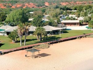 Monkey Mia Dolphin Resort Caravan and Camping - Accommodation Gold Coast