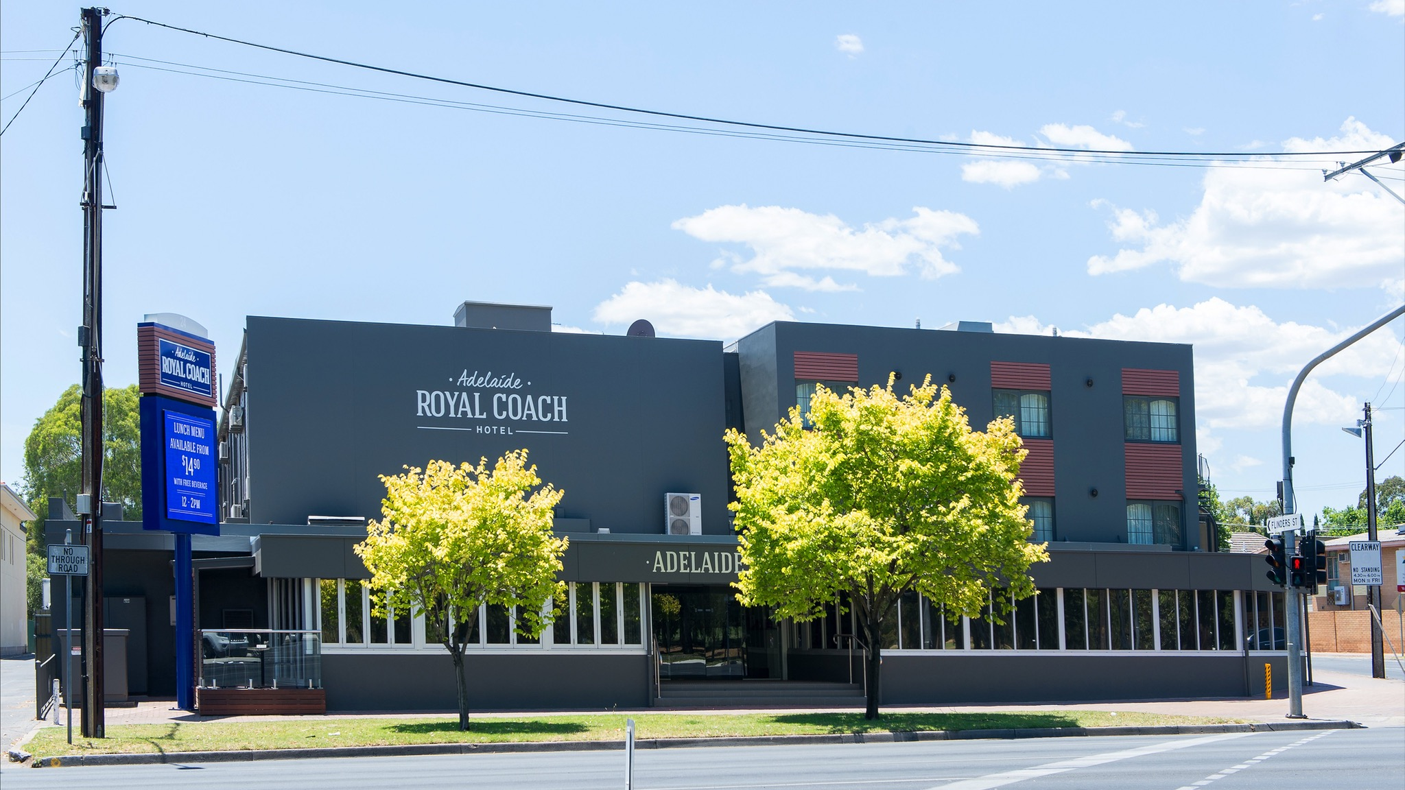 Adelaide Royal Coach - Accommodation Gold Coast