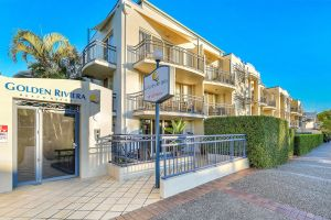 Golden Riviera Beach Resort - Accommodation Gold Coast