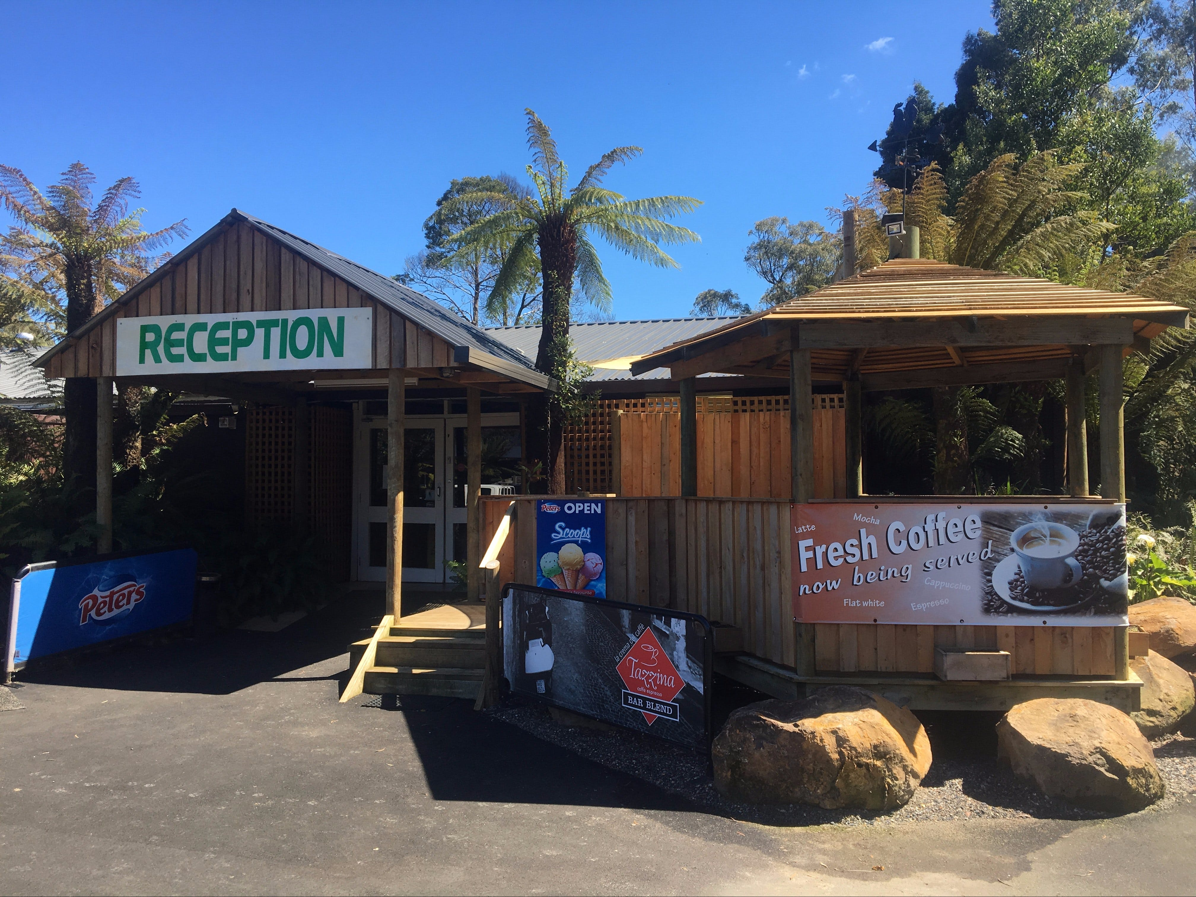 Tullah Lakeside Lodge - Accommodation Gold Coast