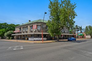 Imperial Hotel - Accommodation Gold Coast