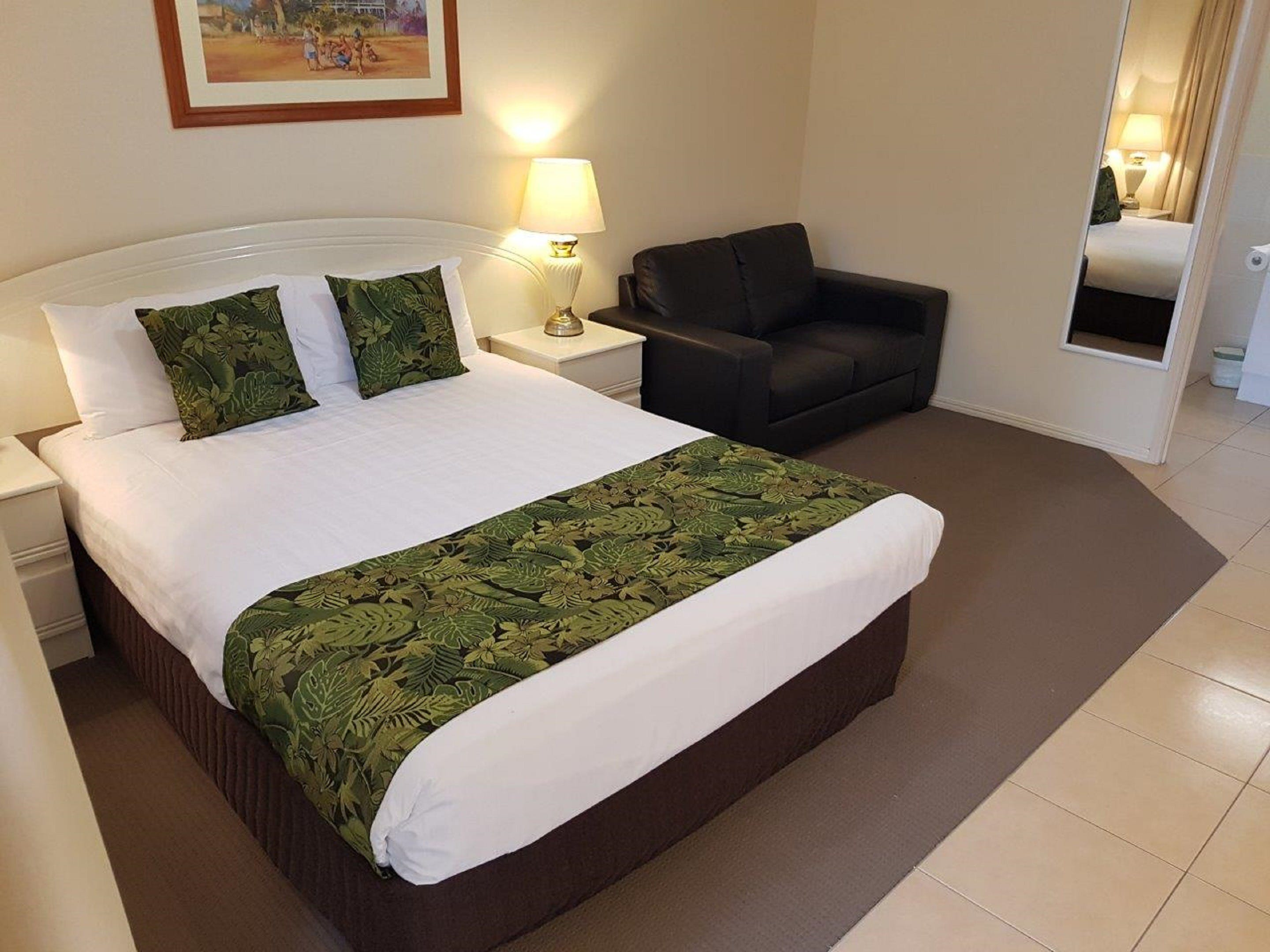 The Palms Motel Chinchilla - Accommodation Gold Coast