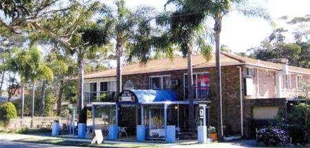 Palm Court Motel - Accommodation Gold Coast