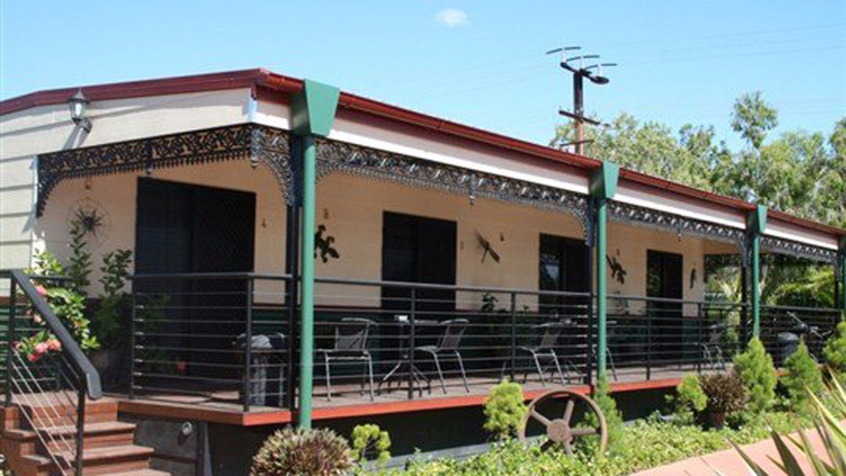 Pine Creek Railway Resort - Accommodation Gold Coast