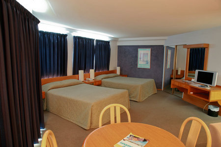 Quality Hotel Lord Forrest - Accommodation Gold Coast
