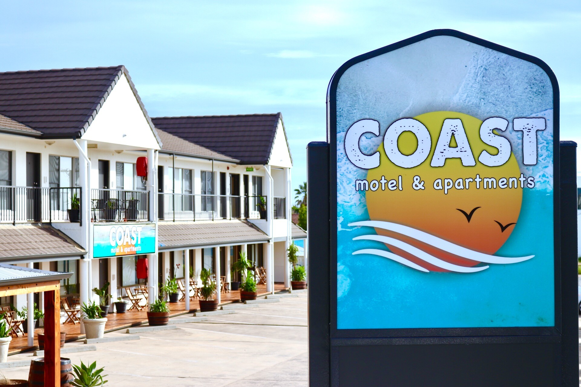 COAST Motel and Apartments