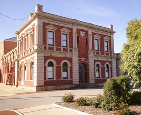 Northam Town Hall - Accommodation Gold Coast