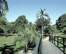 Ingham Memorial Gardens - Accommodation Gold Coast