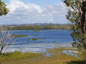 Lake Barfield - Accommodation Gold Coast