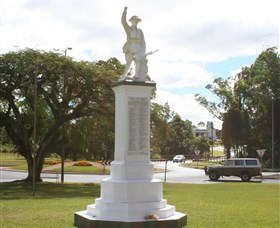 Atherton War Memorial - Accommodation Gold Coast