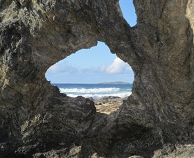 Glasshouse Rocks and Pillow Lava - Accommodation Gold Coast