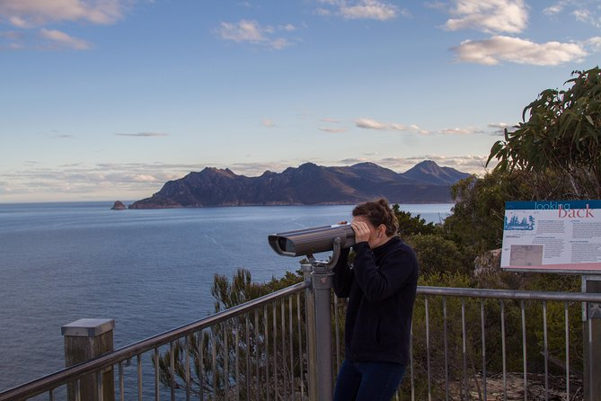 4x4 and Lunch Half Day Freycinet National Park - Accommodation Gold Coast